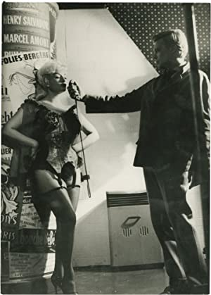Carl Boehm and Pamela Green on the set of