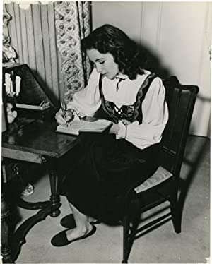 Elizabeth Taylor in 1946 (Original promotional photograph)