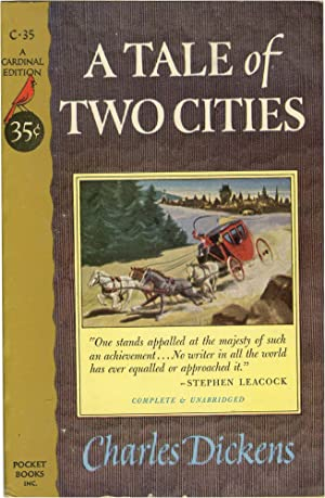 A Tale of Two Cities (Vintage Paperback): Dickens, Charles