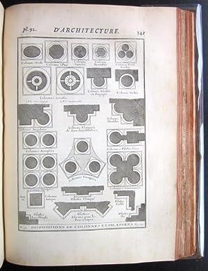Cours d�architecture qui comprend les Ordres de Vignole, avec des commentaries, Les Figures & ...