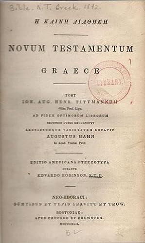 three lines in Greek, transliterated as] He Kaine Diatheke [then in roman] Novum Testamentum Graece...