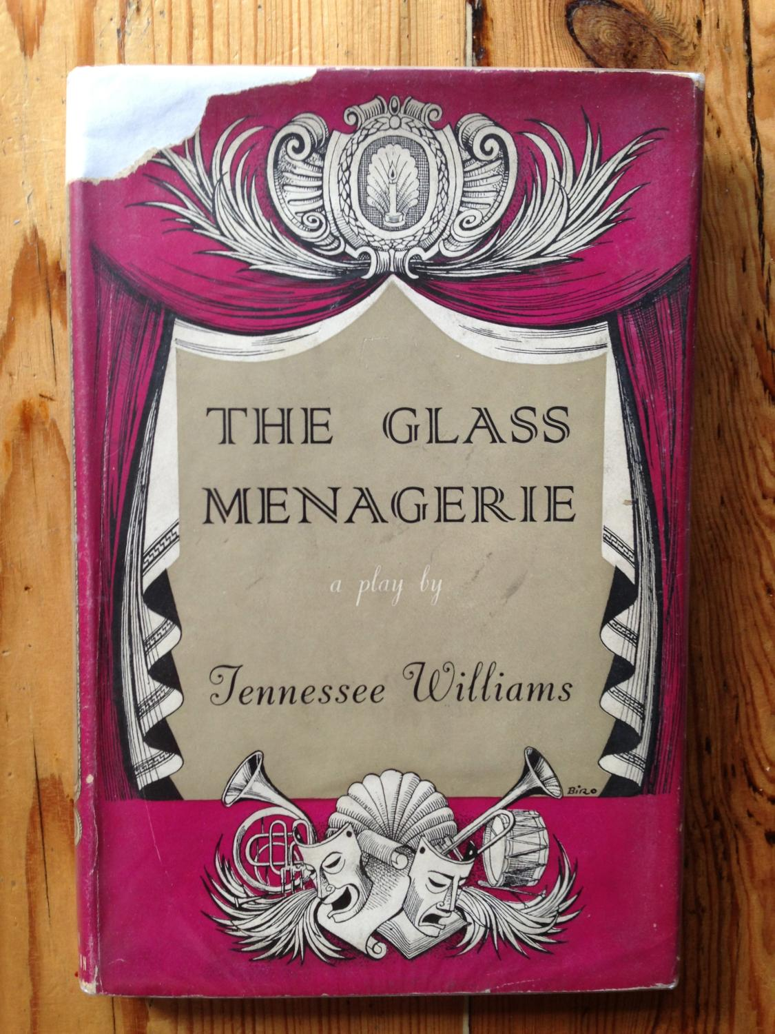 analysis of the play the glass menagerie written by tennessee williams The glass menagerie is a play that is very important to modern literature tennessee williams describes four separate characters, their dreams, and the harsh realities they faced in the modern world.
