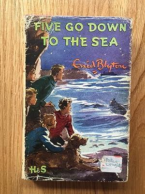 Five go Down to Sea: Enid Blyton