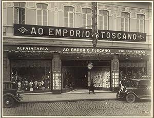 Lotto di fotografie originali di una piantagione di tabacco brasiliana. 1920 circa.