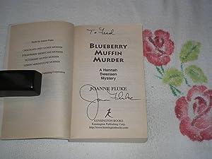 Blueberry Muffin Murder : Signed: Fluke, Joanne