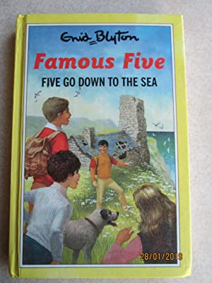 Five Go Down to the Sea - Famous Five #12