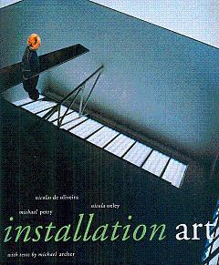 Installation Art: Oliveira, Nicolas De,