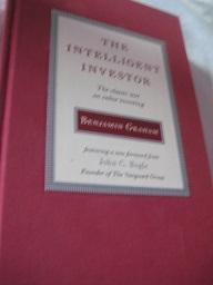The intelligent Investor The classic text on: Graham, Benjamin: