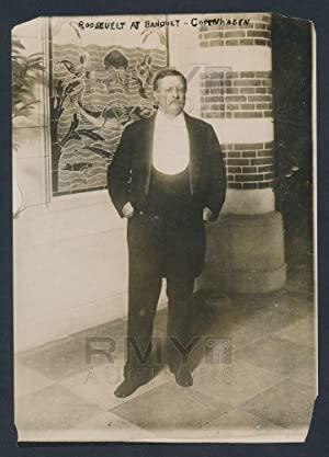 Teddy Roosevelt, unsigned 4.5 x 6.5 silver gelatin photograph, taken after a banquet at City Hall, ...