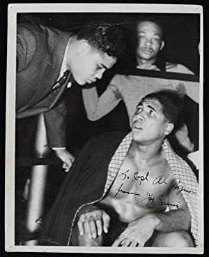 Signed vintage 8x10 photograph.: LOUIS, Joe (1914-1981):
