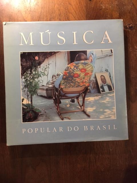 Musica popular do Brasil: Brazilian popular music (Portuguese Edition) - Borges, Bia