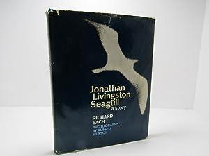 Jonathan Livingston Seagull: A Story: Richard Bach