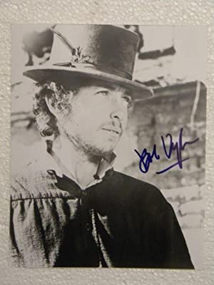 Large Signed Photograph - RARE!: BOB DYLAN SIGNED!