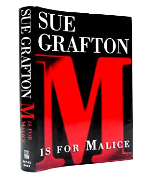 M Is For Malice (Kinsey Millhone Mysteries)