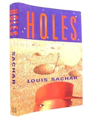 Holes (Newbery Medal Book): Sachar, Louis