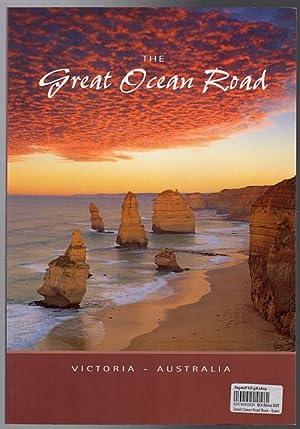 The Great Ocean Road. Victoria Australia.: BOMFORD, JANETTE.