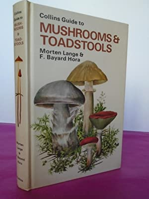 COLLINS GUIDE TO MUSHROOMS & TOADSTOOLS With: Lange, Morten; F