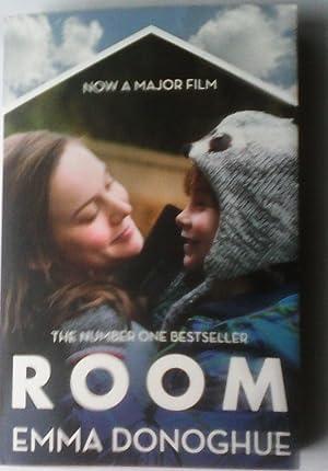 Room. Film Tie-In: Emma Donoghue