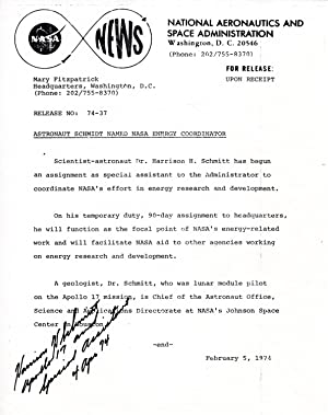 NASA NEWS RELEASE SIGNED BY APOLLO ASTRONAUT HARRISON SCHMIDT