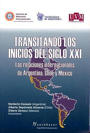 Transitando los inicios del siglo XXI : Consani, Norberto E.