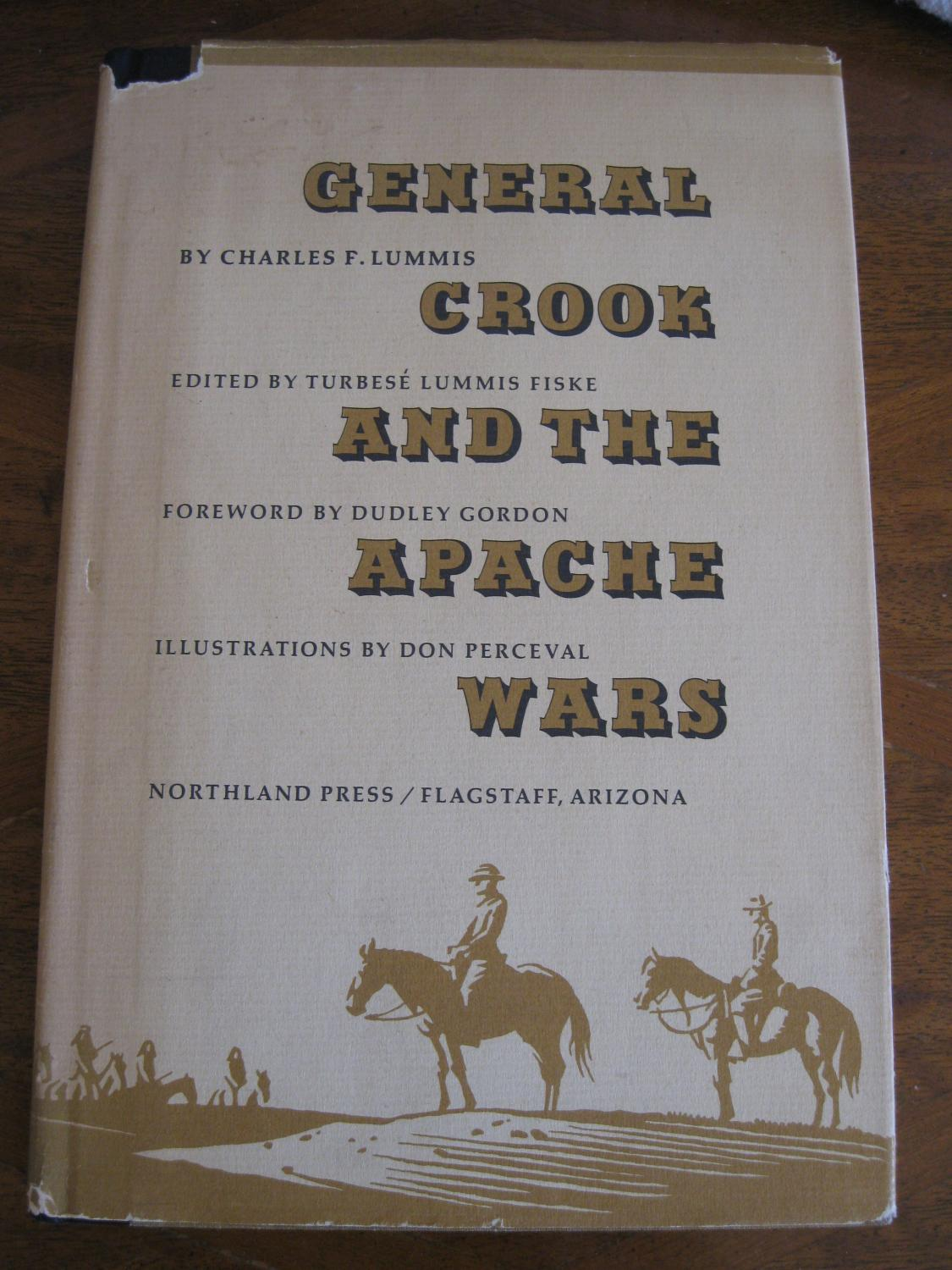 General_Crook_And_The_Apache_Wars_Lummis_Charles_F_Assez_bon_Couverture_rigide