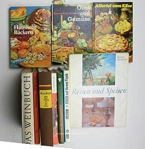 Konvolut 10 Koch-, Back und Weinbücher. 1.: Begunow, W. L./Einhorn,