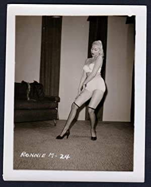 Unterwäsche lingerie Erotik nude Dessous vintage pin: Klaw, Irving: