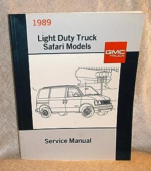 1989 GMC Light Duty Truck Safari Models: GMC Truck Division