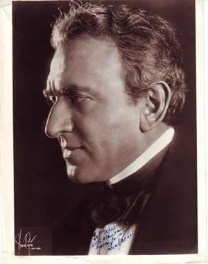 Autographed Photo portrait of Louis Kaufman Anspacher (1878 - 1947).: Strauss-Peyton.