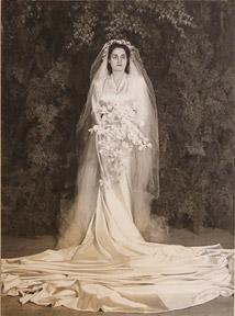 Mrs. Geo. De Latour, wedding portrait.