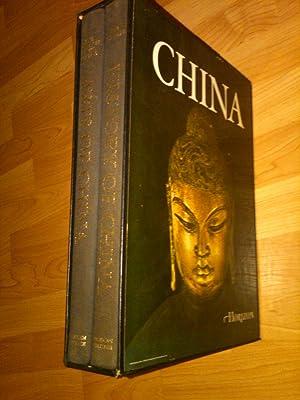 The Horizon History of China; The Horizon Book of the Arts of China (2 vols. Boxed Edition): C.P. ...