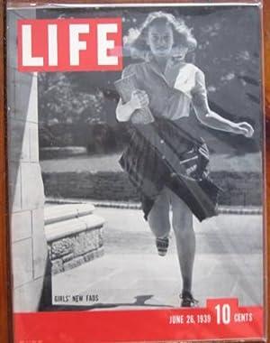 Life Magazine June 26, 1939 -- Cover: Girls; New Fads