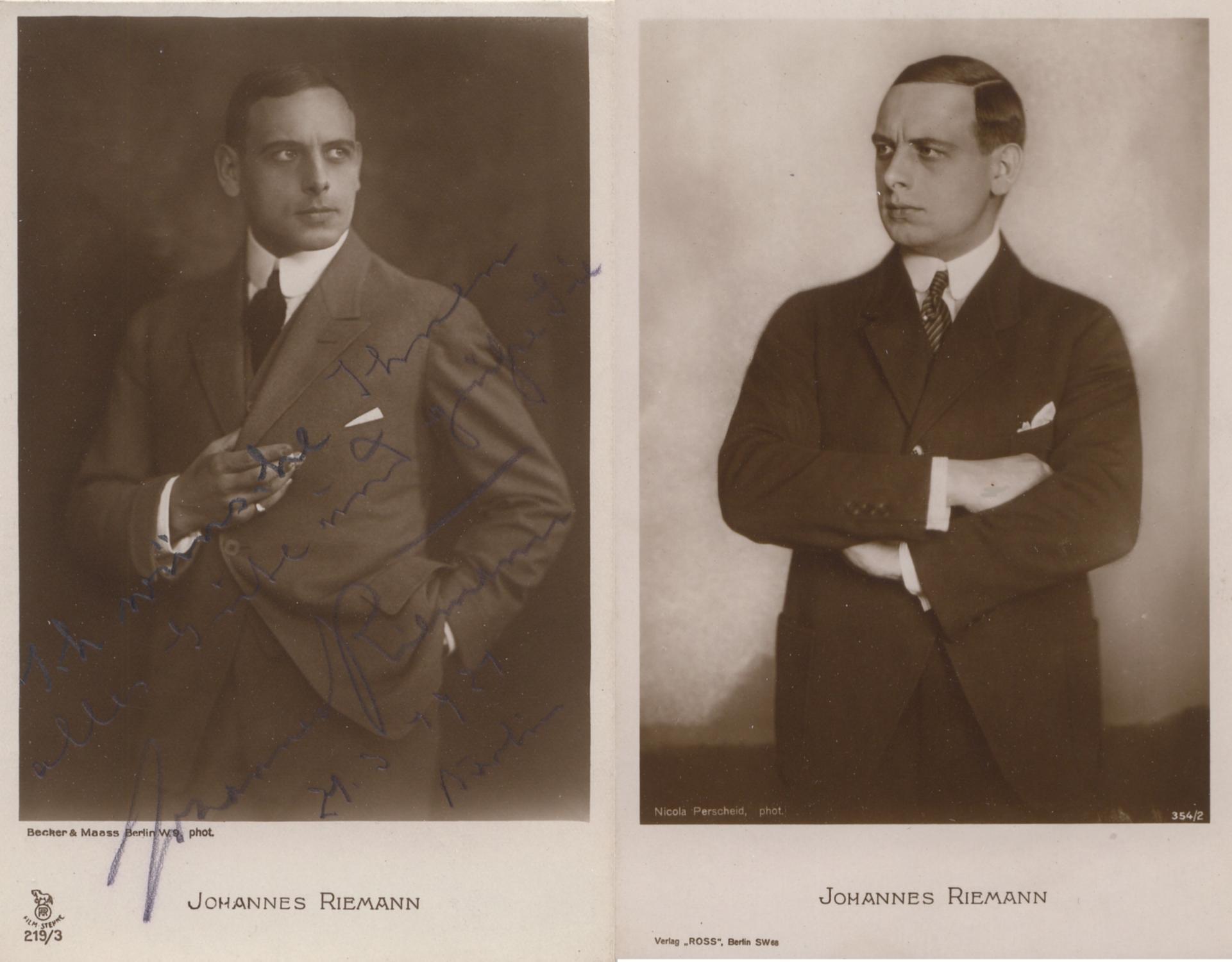 4 Privatportraits des Schauspielers. Photopostkarten (Orig.-Photos) des: Riemann, Johannes (deutscher