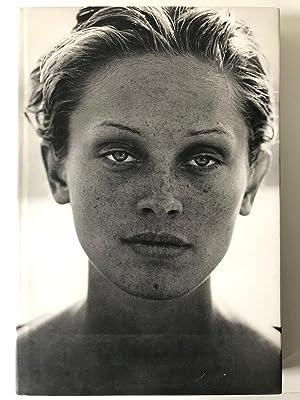Peter Lindbergh Buch : images of women von peter lindbergh abebooks ~ A.2002-acura-tl-radio.info Haus und Dekorationen