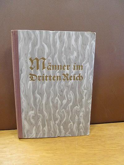 Männer im Dritten Reich:: Sammelbilderalbum ( Zweite: Orientalische Cigaretten-Compagnie Yosma