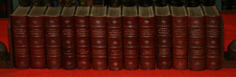 Lord Lytton's Novels. 29 vols. (Bände), in: Bulwer-Lytton, Edward Lord: