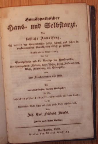 Homöopathischer Haus- und Selbstarzt. Eine faßliche Anweisung,: Brandt, Joh. Carl