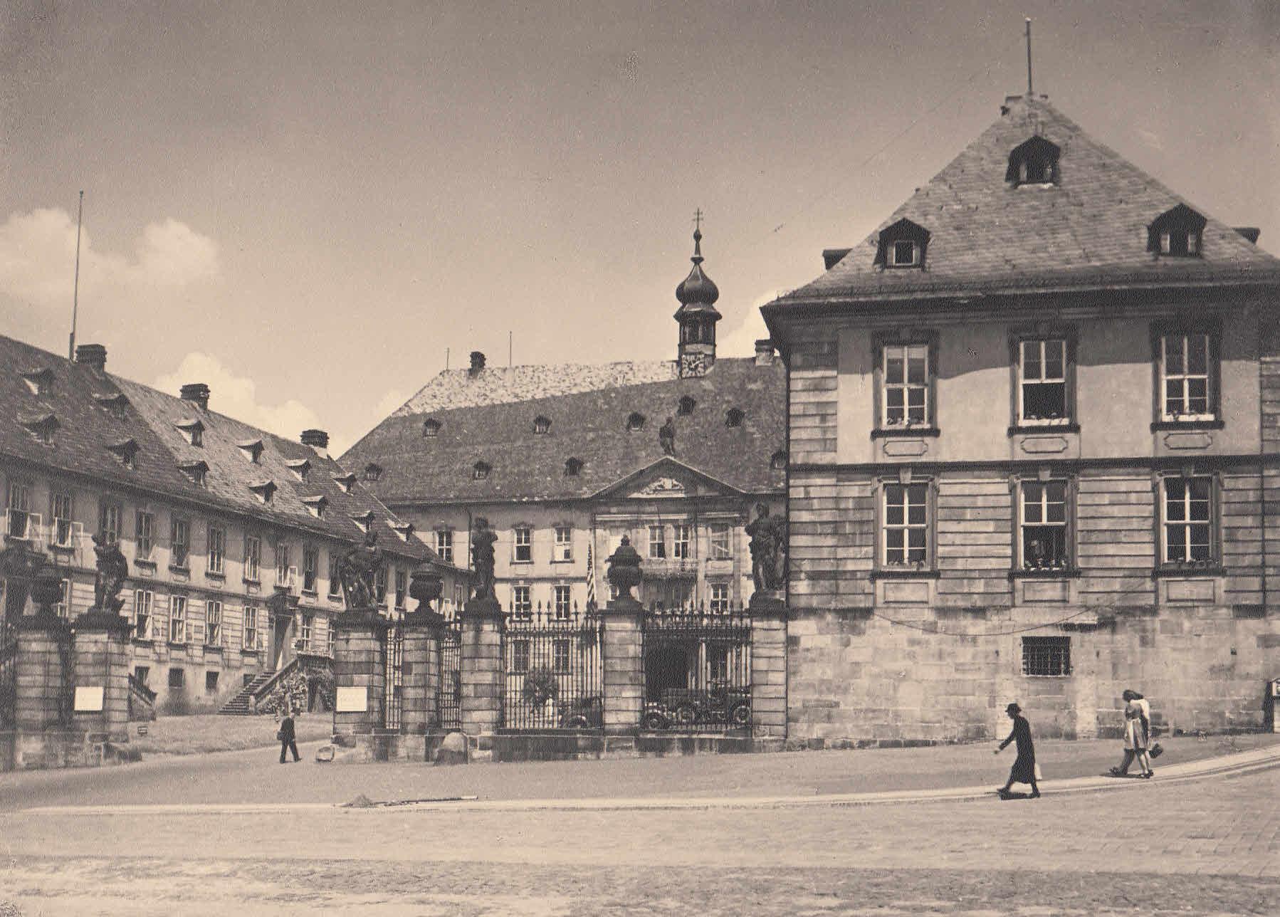 Das Schloß der Fürstäbler. Ansicht mit figürlicher: Fulda,