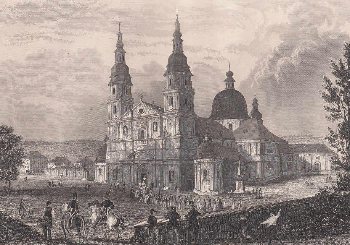 Der Dom. Ansicht mit einer Prozession auf: Fulda,