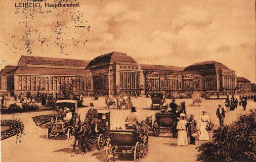 Hauptbahnhof. Ansichtskarte in bräunlichem Lichtdruck. Abgestempelt Leipzig: Leipzig -