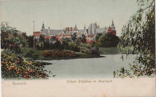 Polizei-Präsidium im Maschpark. Ansichtskarte in farbigem Lichtdruck.: Hannover -