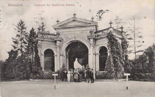 Denkmal der Kurfürstin Sophie. Ansichtskarte in Lichtdruck.: Hannover -