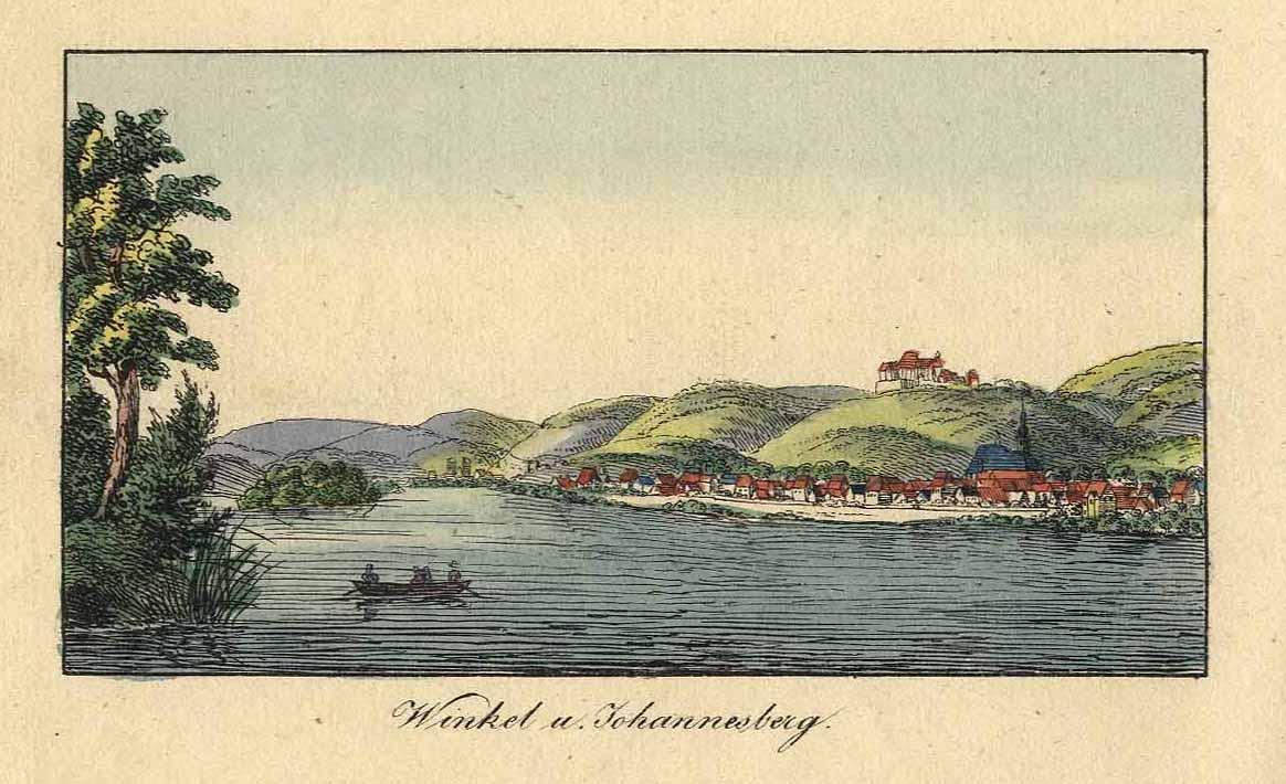 Gesamtansicht von Winkel mit Blick auf Johannisberg;: OESTRICH-WINKEL: