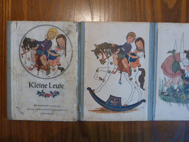Kleine Leute (Pappbilderbuch, Leporello).: Fritsche, Veronika:
