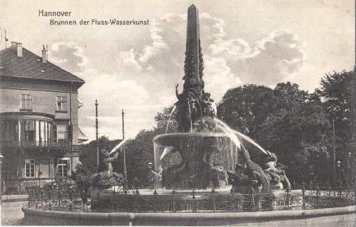 Brunnen der Fluss-Wasserkunst. Ansichtskarte in Lichtdruck. Ungelaufen.: Hannover -