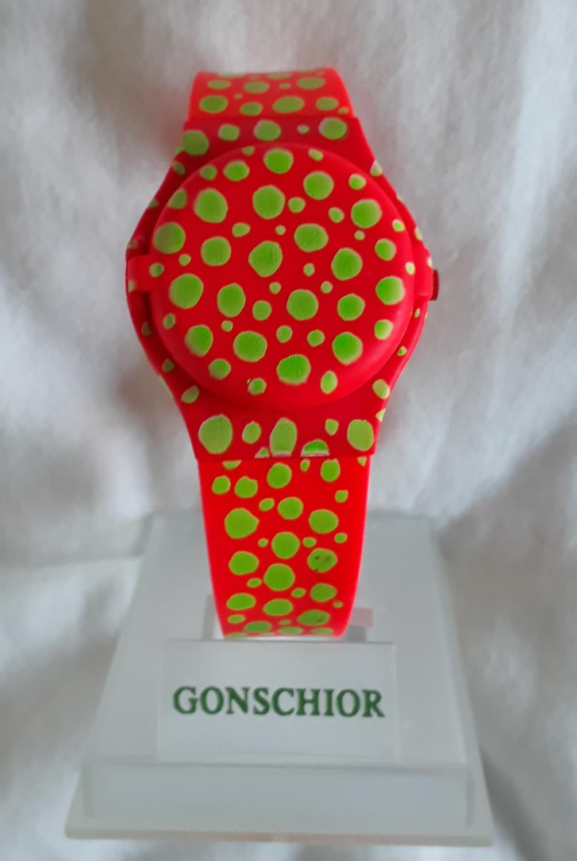 red green vibration, Armbanduhr mit Sprungdeckel: Gonschior, Kuno