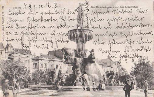 Der Herkulesbrunnen auf dem Lützowplatz. Ansichtskarte in: Berlin -
