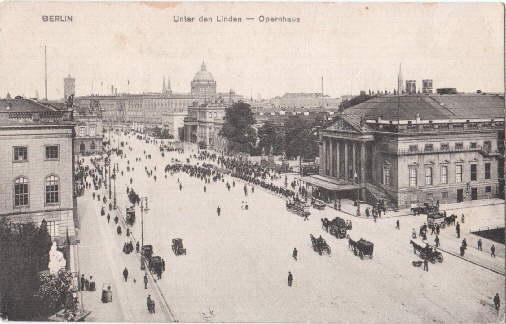 Unter den Linden - Opernhaus. Ansichtskarte in: Berlin -