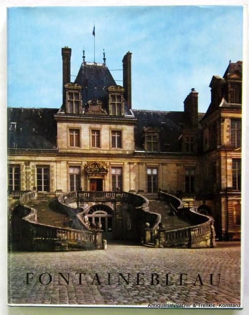 Texte de René Pichard du Page. Paris,: Fontainebleau.