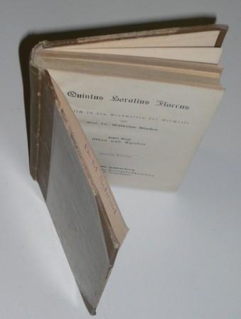 Deutsch in den Versweisen der Urschrift von: Horatius, Flaccus, Quintus: